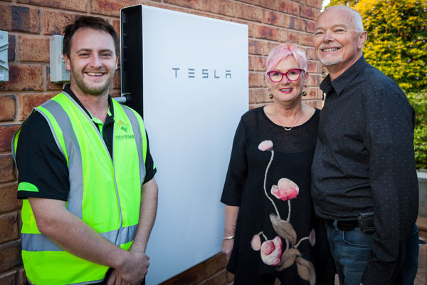 Proud-owners-of-the-first-Tesla-Powerwall-2-installed-in-South-Australia-600px-x-400px